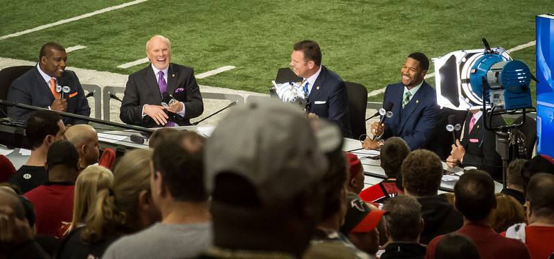 Fox Sports Crew.....Curt Mennefee, Terry Bradshaw, Howie Long and Michael Strahan!