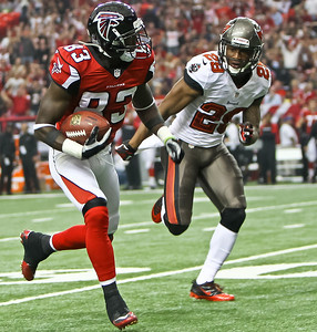 NFL 2013 - Atlanta beats Tampa Bay 31-23
