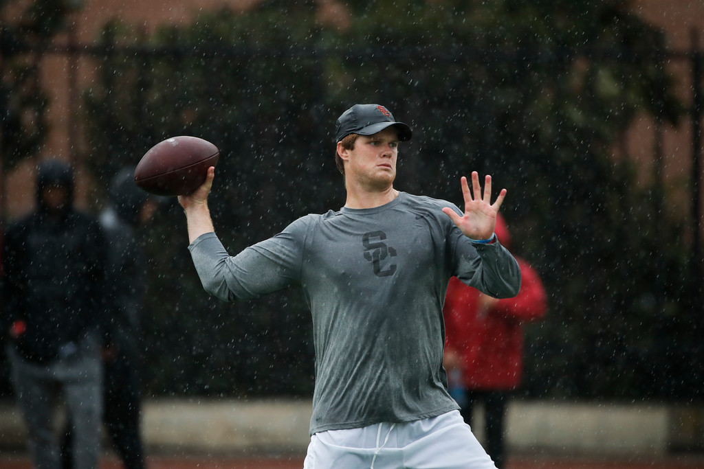 . Southern California quarterback Sam Darnold throws a pass during USC Pro Day, Wednesday, March 21, 2018, in Los Angeles. The Pro Day is intended to showcase talent to NFL scouts for the upcoming draft. (AP Photo/Jae C. Hong)
