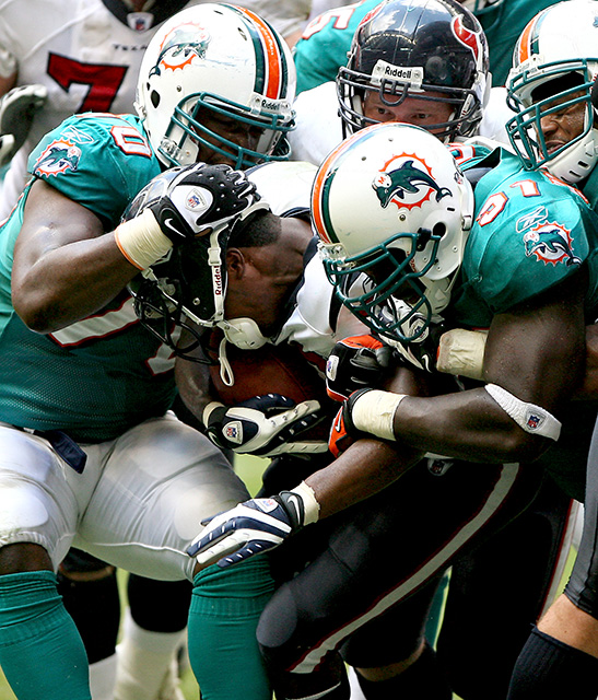 October 12, 2008 - After scoring a touchdown with three seconds left in the game, the Houston Texans made an unsuccessful attempt at a two point conversion.  With the last minute touchdown, the Texans squeaked by the Miami Dolphins 29-28.