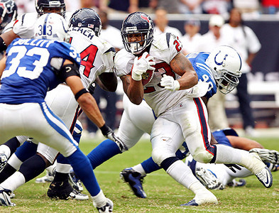 September 12, 2010- Adrian Foster rushes up the middle for an 11 yard gain in the third quarter. The Houston Texans opened their 2010 season with a 34-24 win over the Indianapolis Colts.