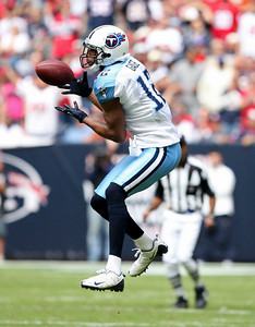 November 28 2010 - Tennessee Titans wide receiver Justin Gage attempts to catch a pass in the first half. The Houston Texans defeated the Tennessee Titans 20-0 at Reliant Stadium.