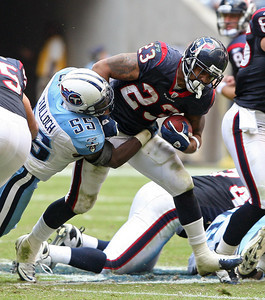 November 28 2010 - Houston Texans running back Arian Foster rushes in the second half.  The Texans defeated the Tennessee Titans 20-0 at Reliant Stadium.