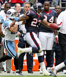 November 28 2010 - Houston Texans running back Arian Foster is pushed out of bounds after a 37 yard gain in the fourth quarter. The Texans defeated the Tennessee Titans 20-0 at Reliant Stadium.