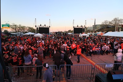 042717 fbn Browns Muni Lot draft party