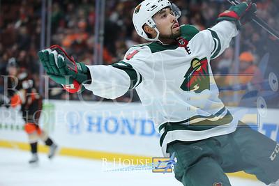 NHL 2017: Wild vs Ducks DEC 08