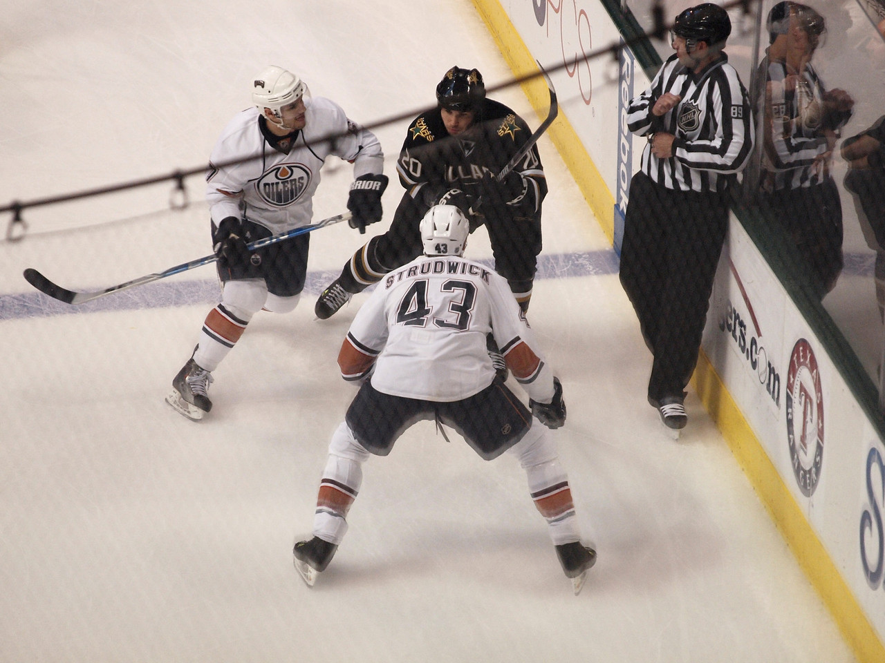 Dallas Stars vs. Edmonton Oilers, April 2, 2010.
