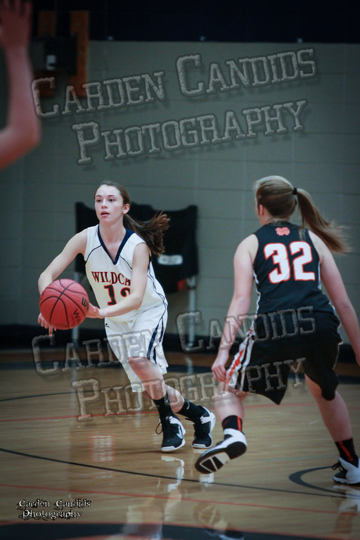 Wildcat Girls vs Black Knights 12-2-13-024