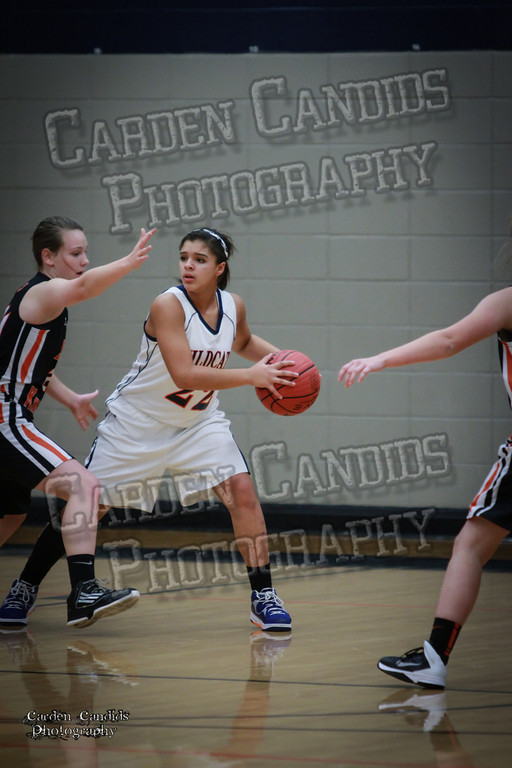 Wildcat Girls vs Black Knights 12-2-13-015