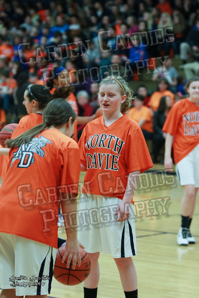 Wildcats Girls vs South Davie 1-27-14-001