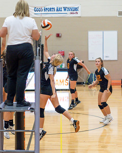 NRMS vs ERMS 8th Grade Volleyball 9 18 19-4944