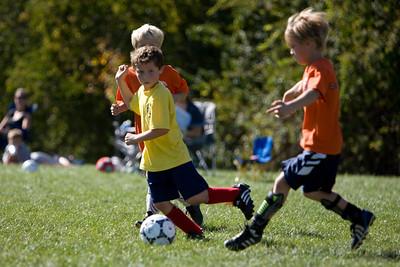 NWK_Soccer_102107_37