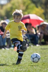 NWK_Soccer_102107_44