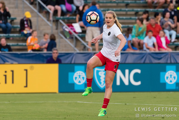 Lindsey Horan (7) warms up before a match between the NC Courage and the Portland Thorns in Cary, NC in Week 2 of the 2017 NWSL season. Photo by Lewis Gettier.