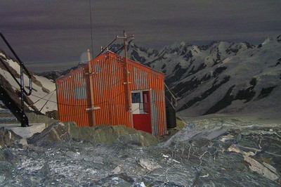 Tasman Saddle Hut at night