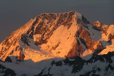 Aoraki / Mt Cook. The east ridge (left), east face, Zurbriggen Ridge, Bowie Ridge, and the the Upper Linda Glacier.