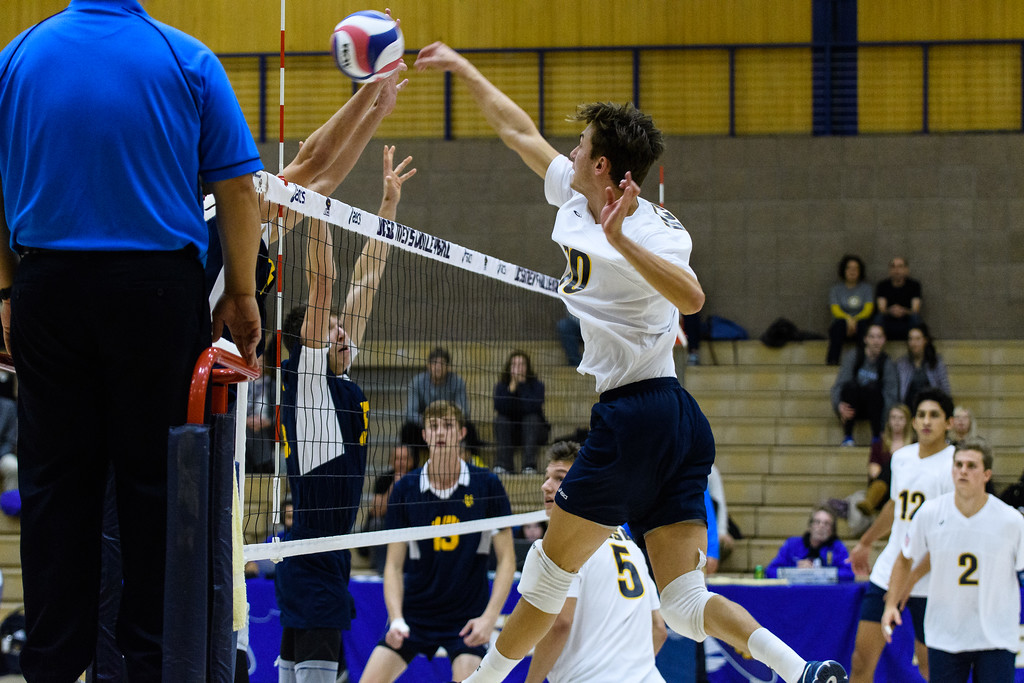 Senior Jacob Delson tools the UC Irvine blockers.