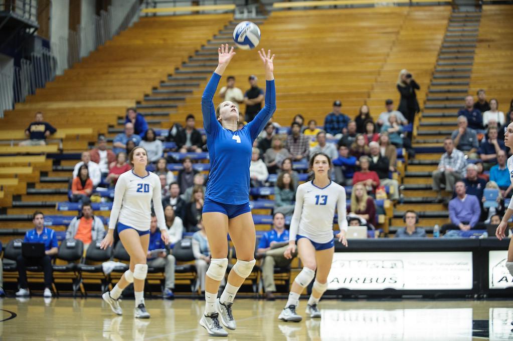 11.22.13 Womens Volleyball vs. Fullerton