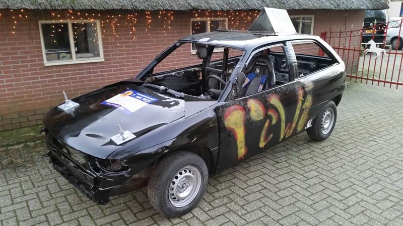 Hier de nieuwe bangerstox van Rene Vervoort waar hij aankomende zaterdag in Emmen mee gaat rijden tijdens de oliebollen race.