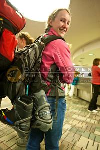 20110304-005 WY skiers arrive