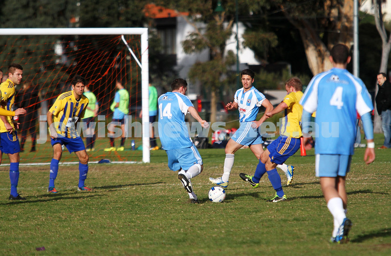 16-6-13. Noth Caulfield Maccabi Football Club draw with Beaumaris SC 1 - 1 at Caulfield Park. Photo: Peter Haskin