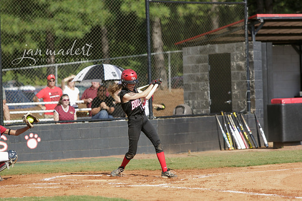 JMadert_North_9Softball_0821_2013_008