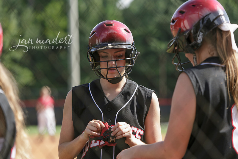 JMadert_North_9Softball_0821_2013_001