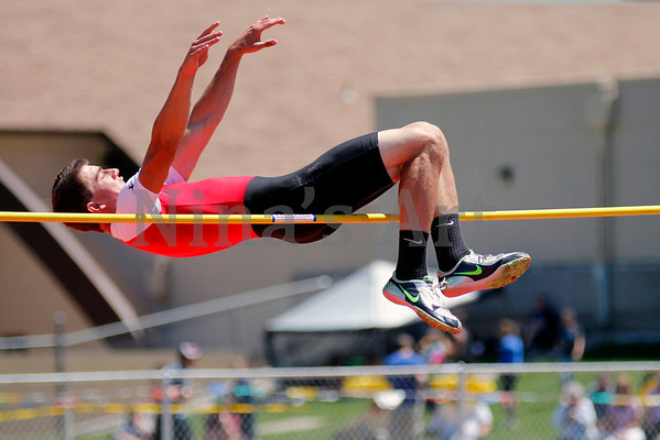 Jacob Smyth clears 5ft 10in high jump bar