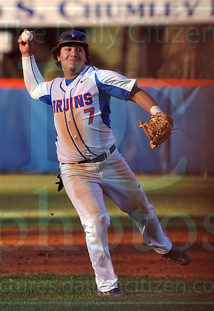 Matt Hamilton/The Daily Citizen<br /> NW7 fields a ball and makes the throw to first.