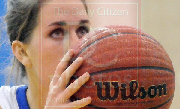 Matt Hamilton/The Daily Citizen<br /> NW5 lines up her free throw Tuesday.