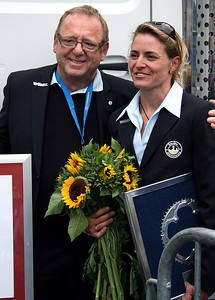Ex-world champion Regina Schleicher (Equipe Nuernberger) is retiring after the 2009 season. The boss will miss her.