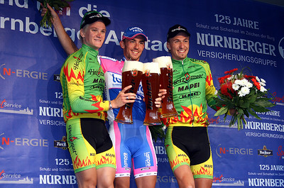 The podium, Felix Rinker (2nd), Francesco Gavazzi (1st) and Nils Plötner (3rd).