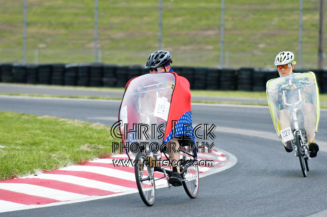 Bruce Parker (f) and Dave Van Gundy. Road race, fully-faired divisions. Oregon Human Powered Vehicles 6th Annual Human Power Challenge, May 28, 2005, Portland International Raceway.