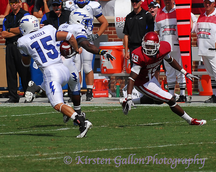 #15 wide receiver Jonathon Warzeka finds #19 Demontre Hurst a little out of position and makes a big gain downfield.