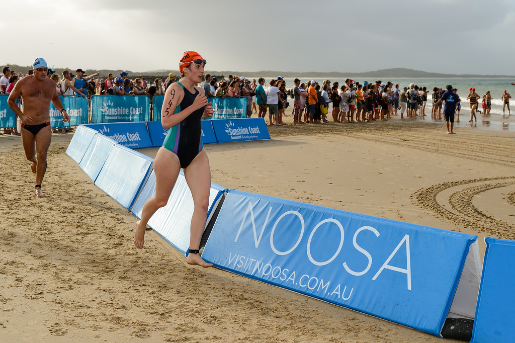 Mid Race / Half Way on Noosa Beach with a Laguna Bay backdrop - 2012 Eyeline 1000 Noosa Ocean Swim, Noosa Heads, Sunshine Coast, Queensland, Australia. Camera 1. Photos by Des Thureson.