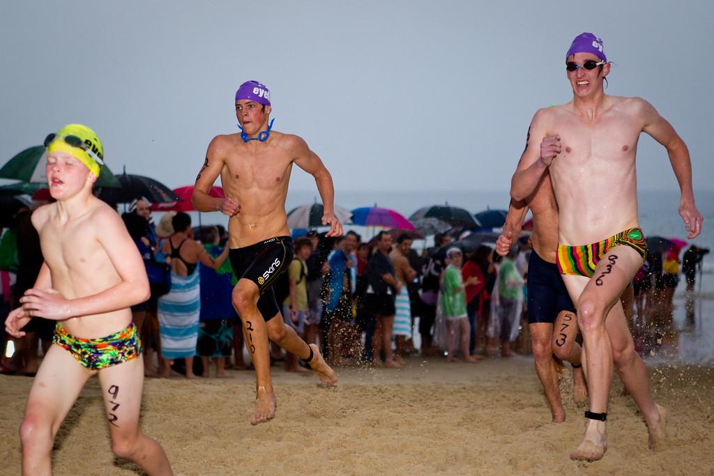 "2011 Noosa Ocean Swim (""Noosa Eyeline 1000""), Main Beach, Noosa Heads, Sunshine Coast, Queensland, Australia; Friday 28 October 2011. Photos by Des Thureson."