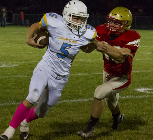 Cumberland's Dreyton Ruholl tries to avoid a tackle. Ruholl finished with 114 yards on three receptions and a touchdown in Cumberland's 50-20 win over Arthur-Lovington/Atwood-Hammond.<br /> Keith Stewart photo