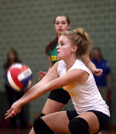 10-24-12<br /> City/County Championship volleyball game<br /> Eastern High School's Delany Sandlin sends the ball over the net during the 8th grade city/county championship volleyball game against Kokomo Lady Wildkats Blue on Wednesday night. Eastern went on to win the championship.<br /> KT photo   Kelly Lafferty
