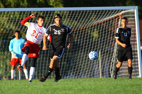 10-7-13  --- Sectional Boys Soccer - WHS vs KHS<br />   KT photo | Tim Bath