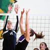 10-22-13<br /> Northwestern vs. Western volleyball sectional<br /> Western's Hayley Mills and Northwestern's Sydney Zeck<br /> KT photo | Kelly Lafferty