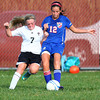 10-2-13<br /> Kokomo vs. Western girls soccer<br /> Western's Emma Harbaugh and Kokomo's Taylor Sparling<br /> KT photo | Kelly Lafferty