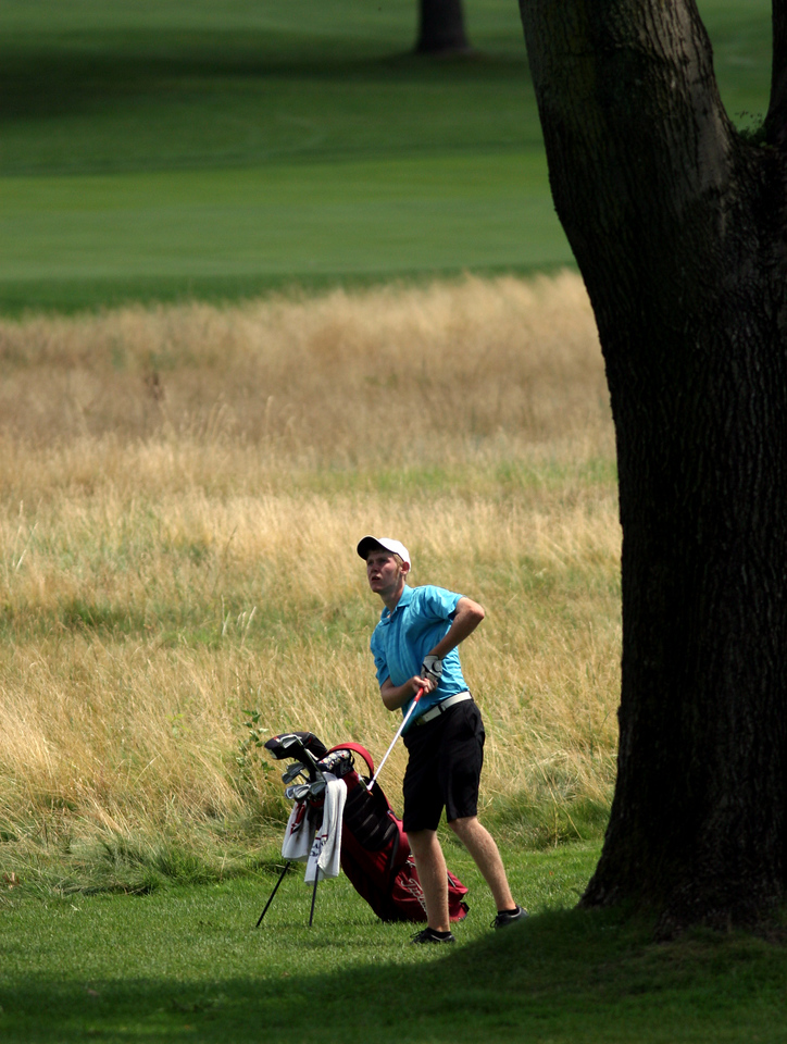 E.L. Hubbard Photography<br /> Michael Bernard, from Huber Heights,  during the Ohio Amateur at Moraine Country Club Friday, July 17, 2009.