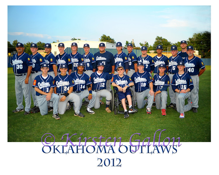 Outlaw team 2012 photo border