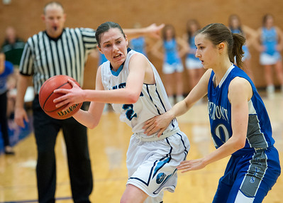Cassidy Anderson looks for a open teammate to pass to. At Layton High School. On February 11, 2014. (Brian Wolfer Special to the Standard-Examiner)