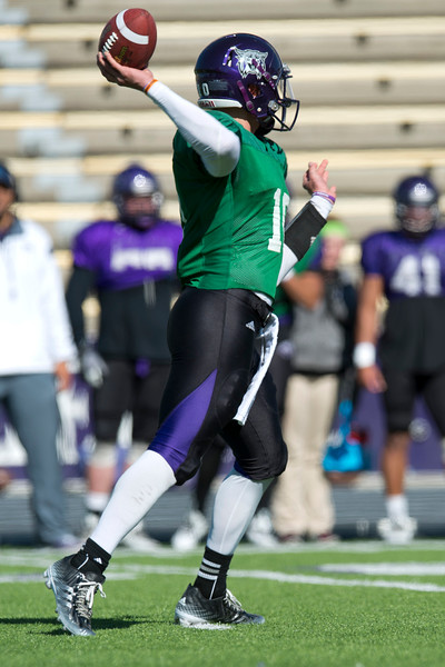 Quarterback Billy Green throws the quick pass during spring scrimmage. At Stewart Stadium in Weber State University on April 18, 2015
