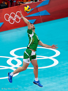 Men's Volleyball, Bronze Medal Match, Italy vs Bulgaria.   Sokolov serves for Bulgaria