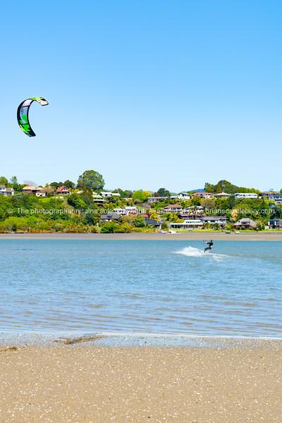 Kiteboarding on Tauranga Harbour, Hairini.
