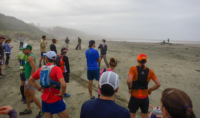 James Varner gives a few instructions at the start line in the sand.