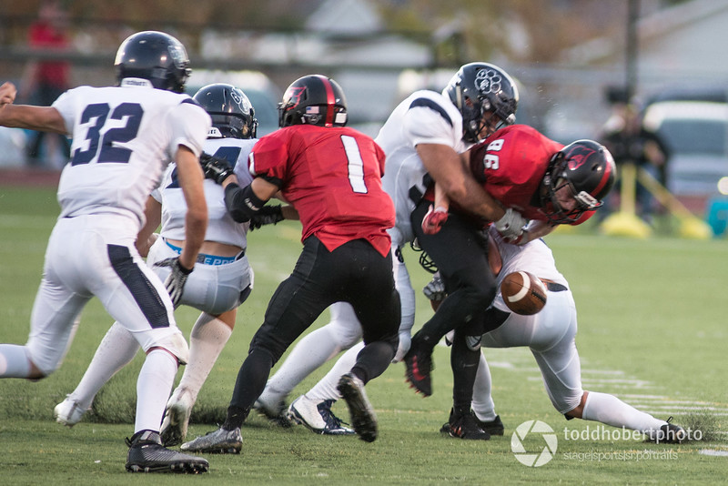 Orting Football Vs Cascade Christian 2017_52