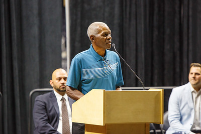 Marlin Briscoe speaks before his statue unveiling in Baxter Arena. UNO Basketball player Tra-Deon Hollins was the model for the statue.   Sept. 23, 2016
